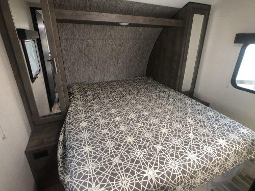 Full-Queen-Master-Bedroom