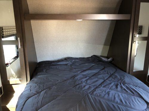 2019-Sportsmen-LE-241RLLE-Queen-Master-Bedroom