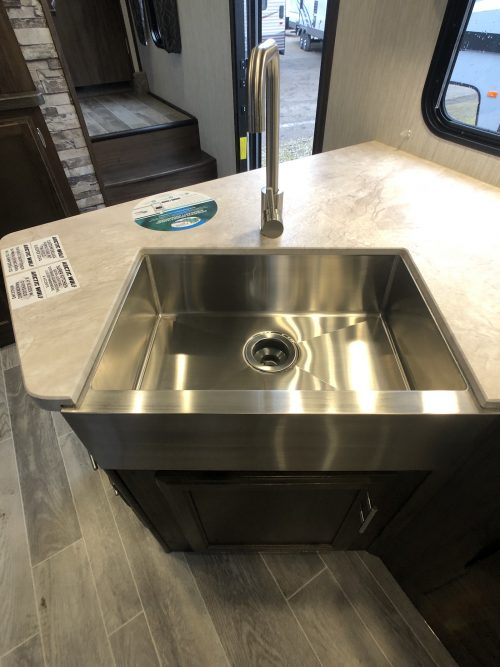 2019-Arctic-Wolf-305BH-Kitchen-Sink