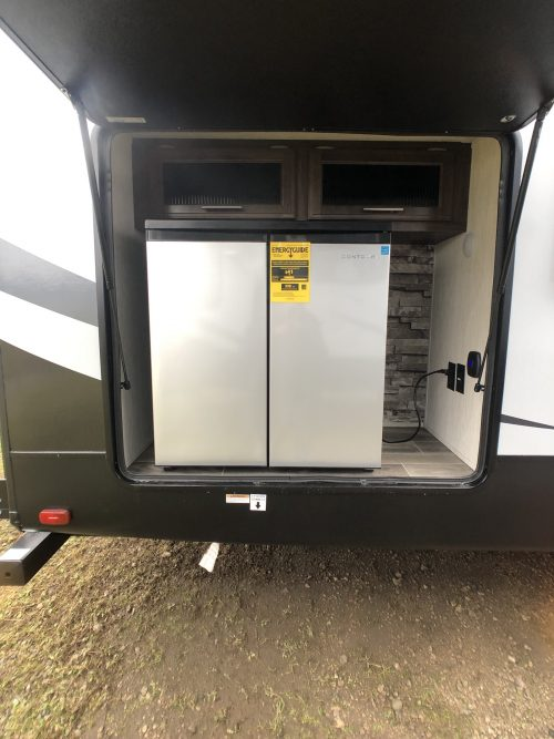 2019-Arctic-Wolf-305BH-Outside-Kitchen-Fifth-Wheel