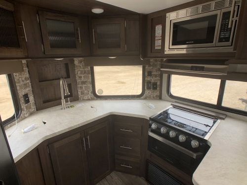 2019-Cherokee-274VFK-V-Nose-Kitchen