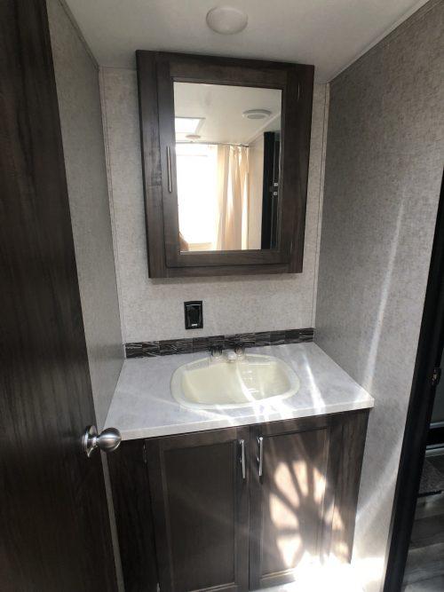2019-Grey-Wolf-27RR-Bathroom-Sink