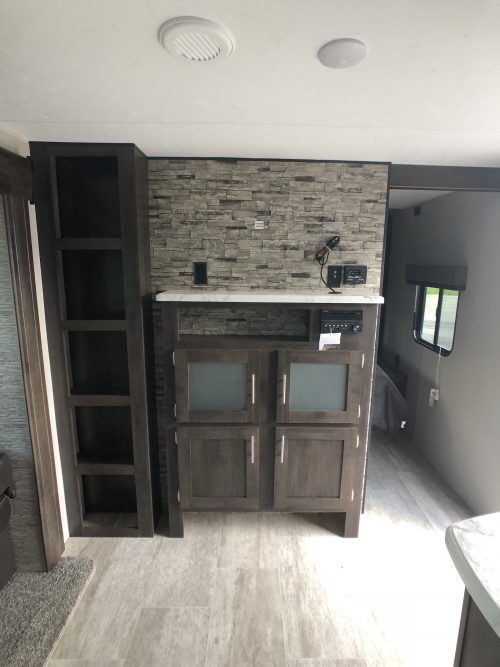 2019-Sportsmen-LE-291BHLE-Entertainment-Center