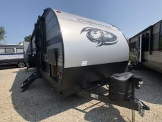 Exterior view of the Cherokee 274DBH Bunk House travel trailer.