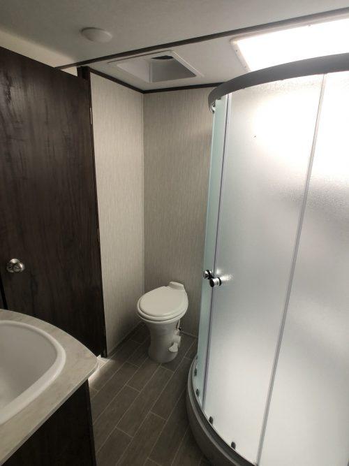 Arcitc-Wolf-Master-Bathroom