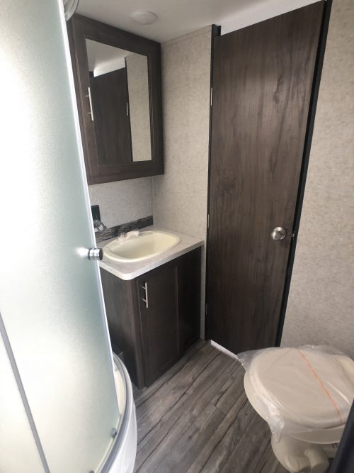 2019-forest-River-Grey-Wolf-22RR-Bathroom