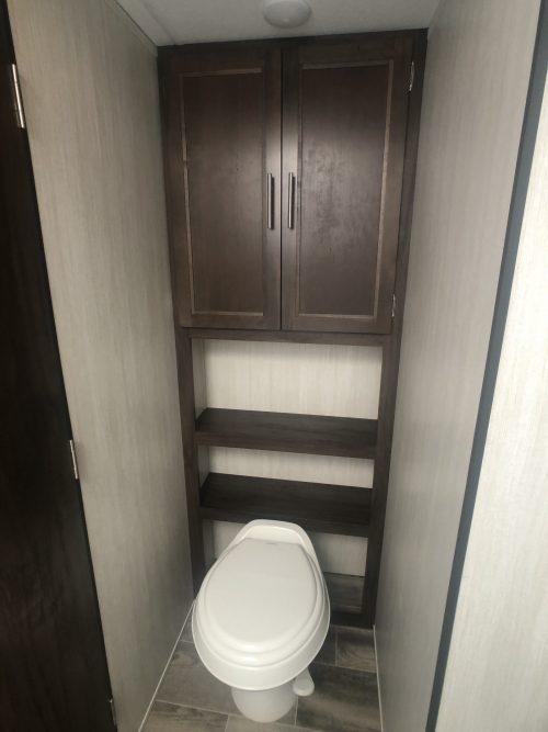 Master bathroo