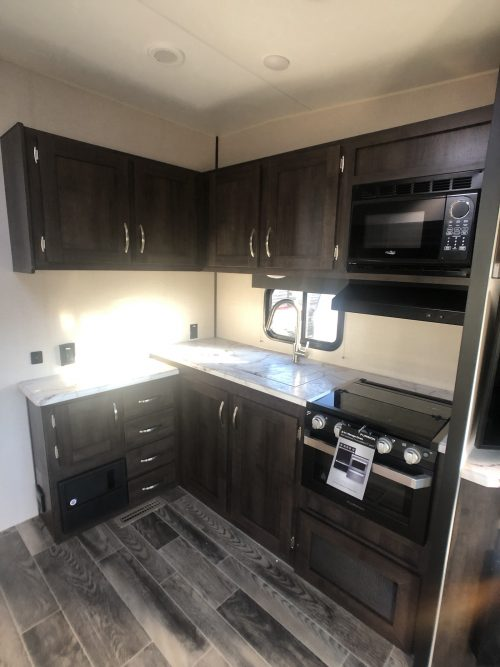 2019-Sportsmen-251RL-Kitchen