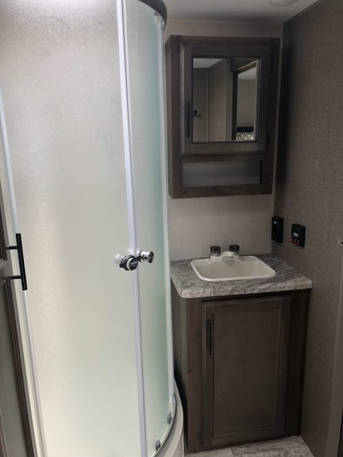 2019-Spree-Connect-241RLK-Glass-Shower