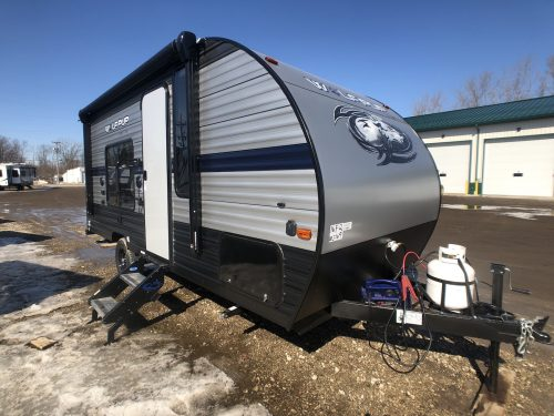 Exterior view of the 16FQ rear bathroom travel trailer.