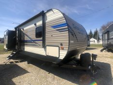 Exterior View of the Sportsmen LE Bunk House Travel Trailer