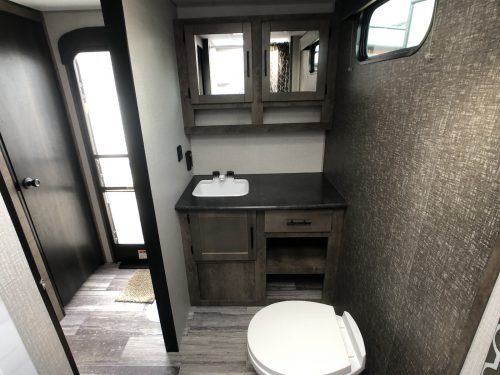 Rear-Bathroom-travel-trailer