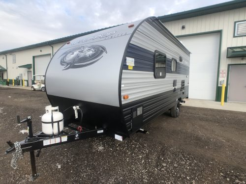 2020-Wolf-Pup-16FQ-travel-trailer